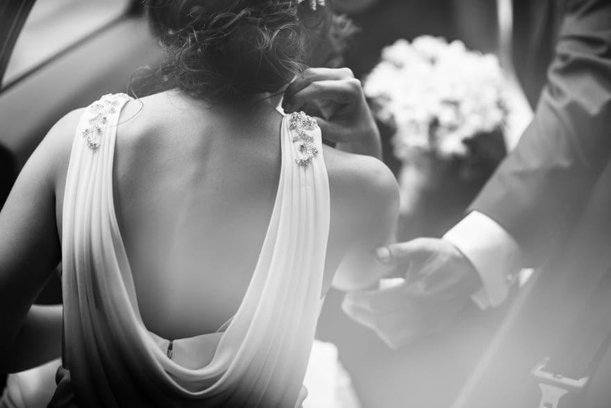 Detalle de la espalda del vestido de novia