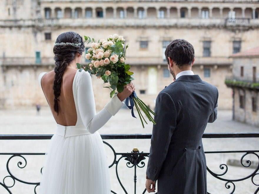 Espalda de vestido de novia de Sophie et Voilà del atelier de Madrid