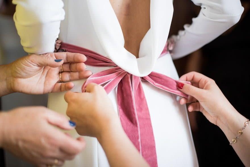 Detalle de vestido de novia de Jesús Peiró comprado en Novias Sol