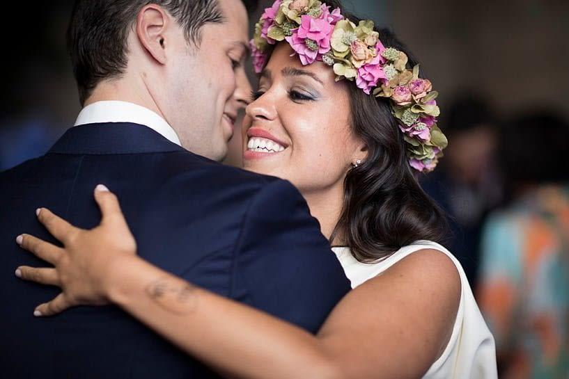 Novios durante el baile de su boda en el Pazo Baión