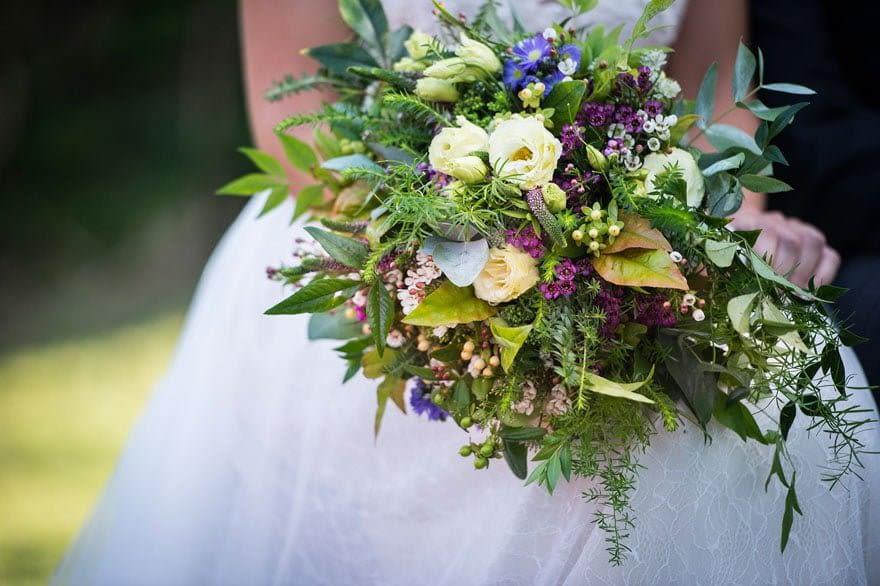 El ramo de novia fue una creación de A Florería en Sabarís, Baiona, Pontevedra.