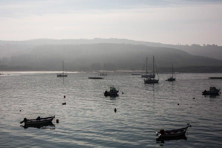 Vista del porto de Corme