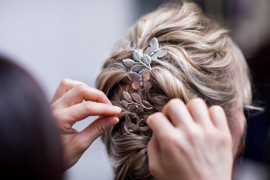 Recogido de boda en peluquería Imaxe de Ponferrada tocado de O´ Touch Tocados