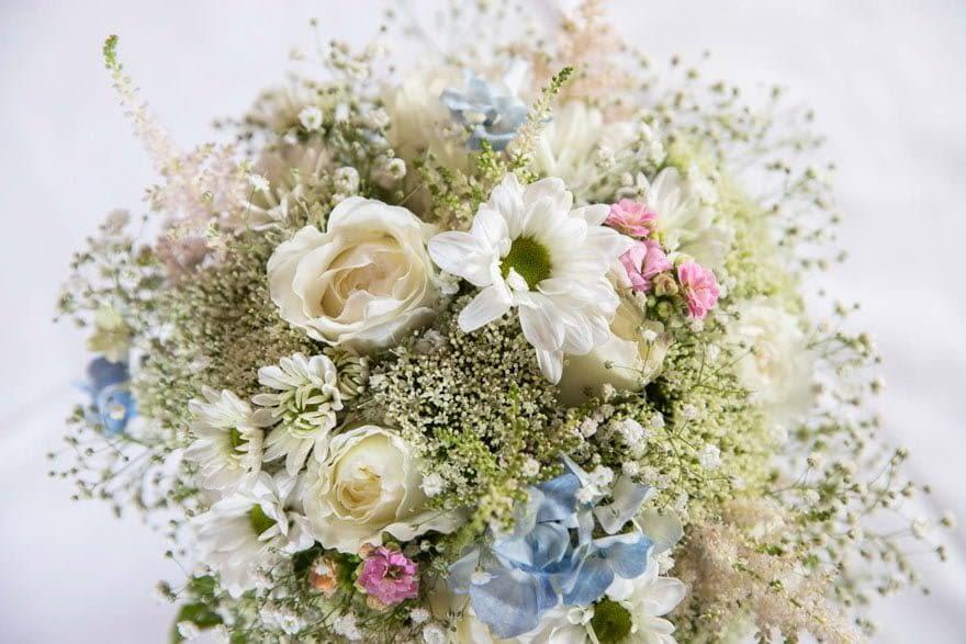 Ramo de novia de Rosi Redondo Floristas de Milladoiro