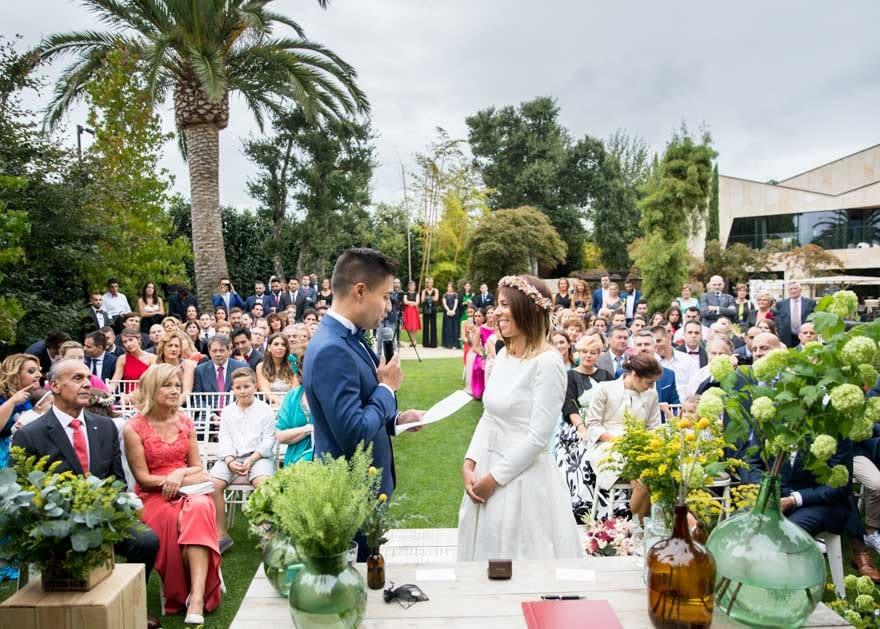 Ceremonia civil en la Finca Montesqueiro de Oleiros