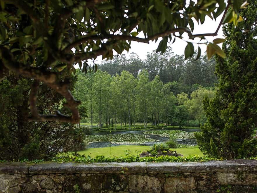 Fotógrafo de bodas en Santiago de Compostela Vistas desde el Pazo do Tambre