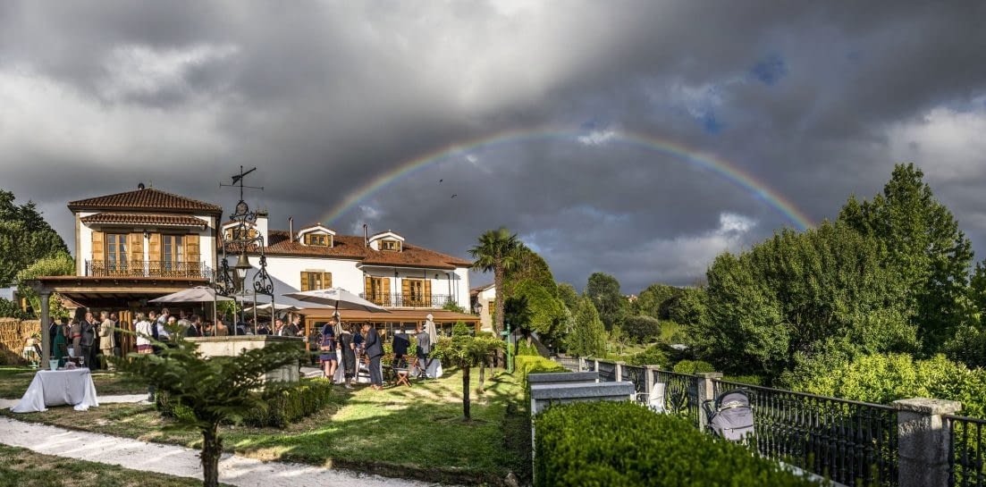 Pazo do Río con arcoiris